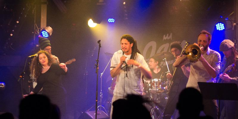 Henen & the milay band, groupe de musique Reggae en représentation - photo de couverture n° 1