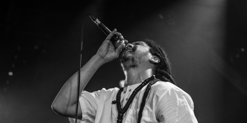 Henen & the milay band, groupe de musique Reggae en représentation - photo de couverture n° 2