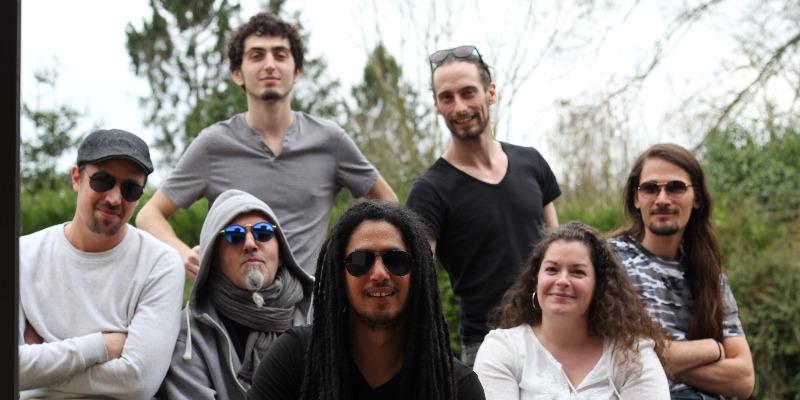 Henen & the milay band, groupe de musique Reggae en représentation - photo de couverture n° 3