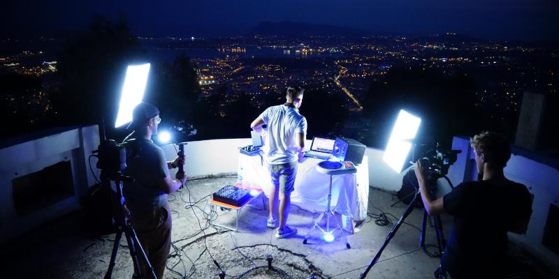 House of cajon , DJ Dj en représentation à Bouches du Rhône - photo de couverture n° 3