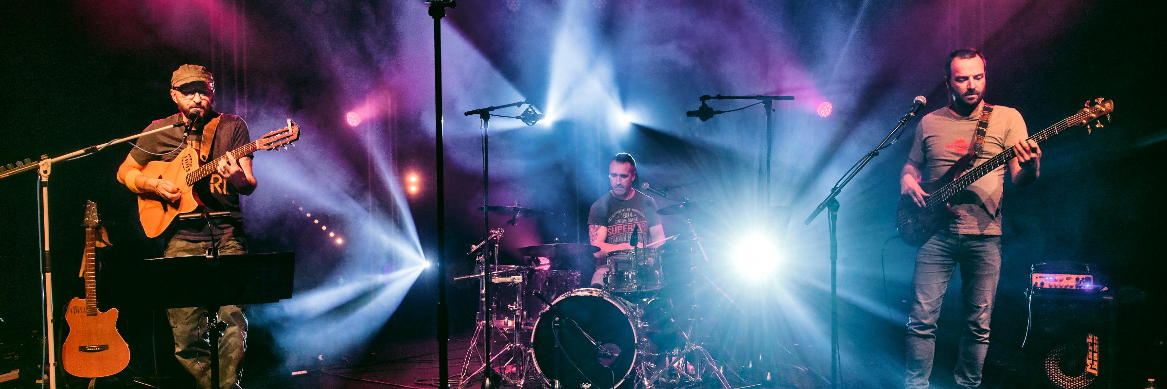OLD SCHOOL, groupe de musique Rock en représentation à Corrèze - photo de couverture