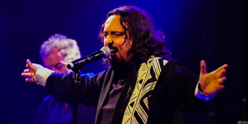 Fady, groupe de musique Chanteur en représentation à Paris - photo de couverture n° 1
