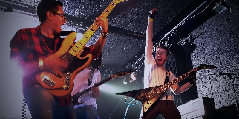 ROAH, groupe de musique Rock en représentation à Paris - photo de couverture n° 2