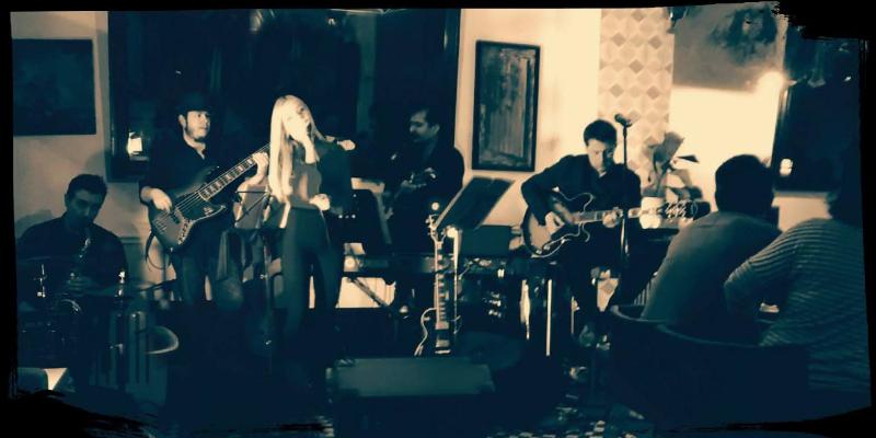 SC, groupe de musique Rock en représentation à Paris - photo de couverture n° 1