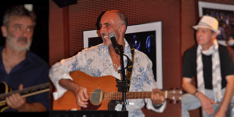 ZANZIBAR acoustic, groupe de musique Généraliste en représentation à Isère - photo de couverture
