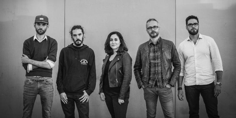 Broken News, groupe de musique Rock en représentation à Hauts de Seine - photo de couverture n° 2