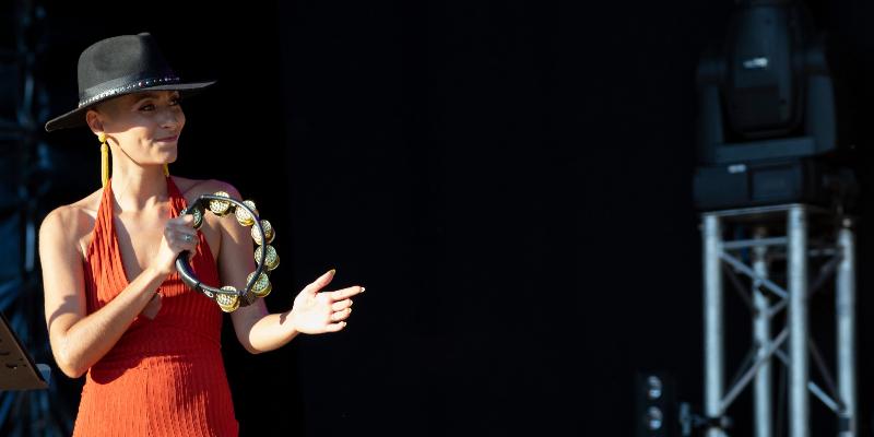 Céline, musicien Chanteur en représentation à Saône et Loire - photo de couverture n° 2
