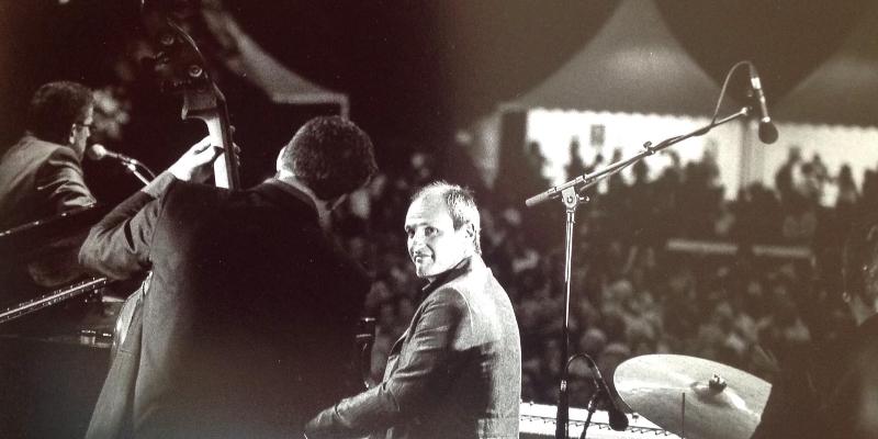 Jean Marc Montaut, musicien Pianiste en représentation à Gironde - photo de couverture