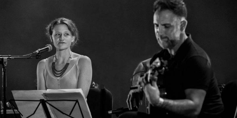 Mara Szachniuk, musicien Chanteur en représentation à Gironde - photo de couverture n° 3