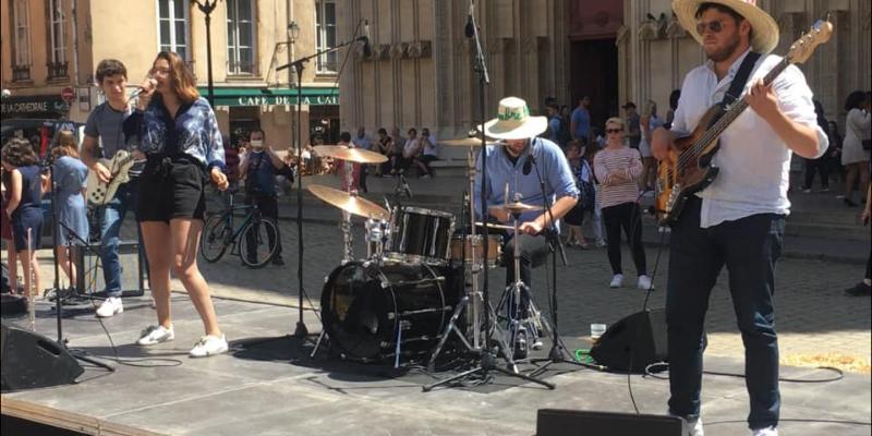 Jumble, groupe de musique Pop en représentation à Rhône - photo de couverture n° 1