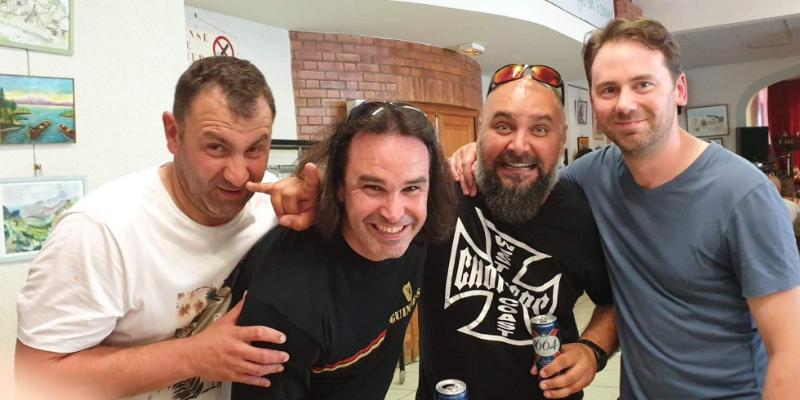 Kings of Nawak, groupe de musique Rock en représentation à Essone - photo de couverture