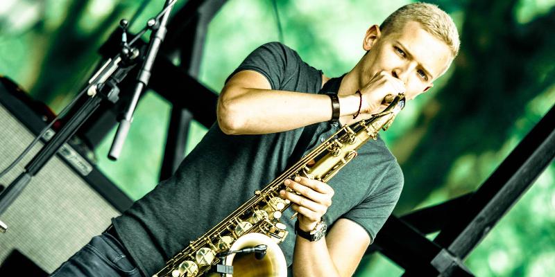 Flo Sax, musicien Electronique en représentation à Nord - photo de couverture n° 1