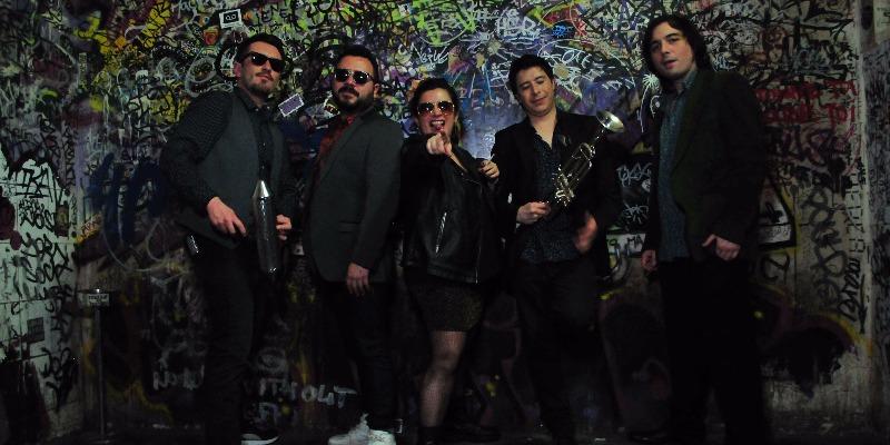 SONORA DE CUMBEAR, groupe de musique Latino en représentation - photo de couverture n° 1